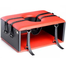 STRICT - Queening / Kinging Chair red/black