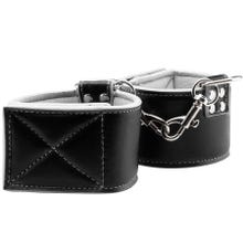 Fußfesseln - Reversible Ankle Cuffs white/black - SUPERSALE